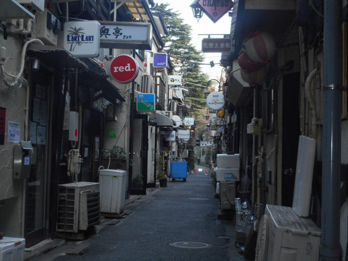 新宿と上野が「カオスの街」となった理由